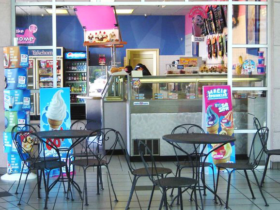 Baskin Robbins at Lakewood Mall